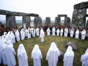 25 самых странных религий мира.