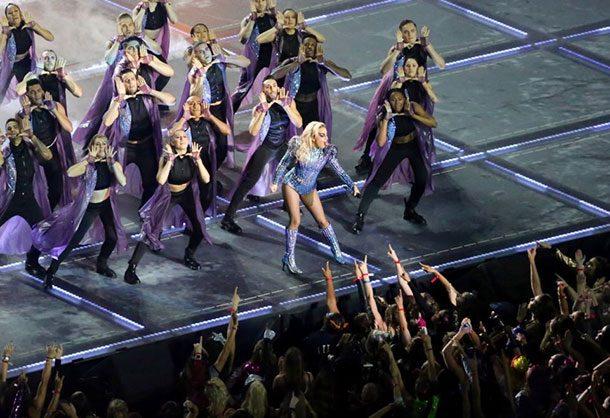 Леди Гага на Супер-Кубке