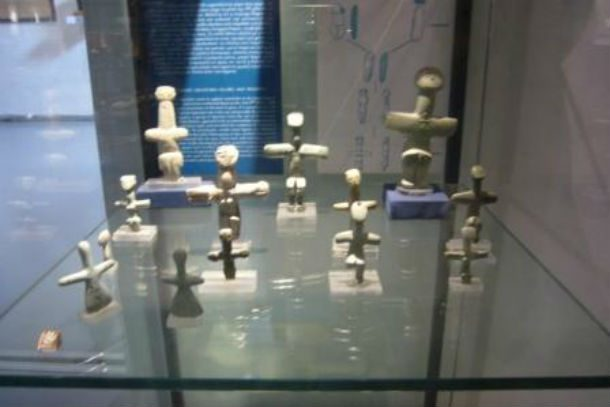 Женские статуэтки из Лемба
