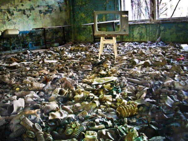 внутри домов в чернобыле