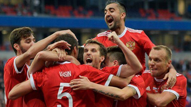 россия испания кто победит