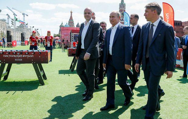 Путин посетил «Парк футбола»