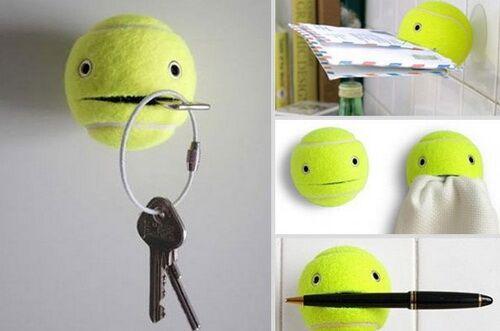 Еще один лайфхак, как можно использовать теннисный мяч