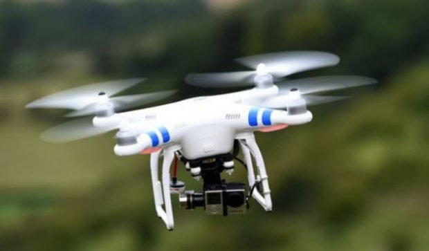 Летящий дрон