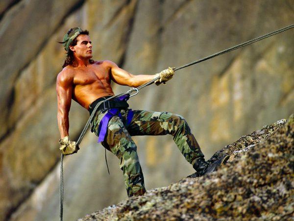 Восхождение альпиниста