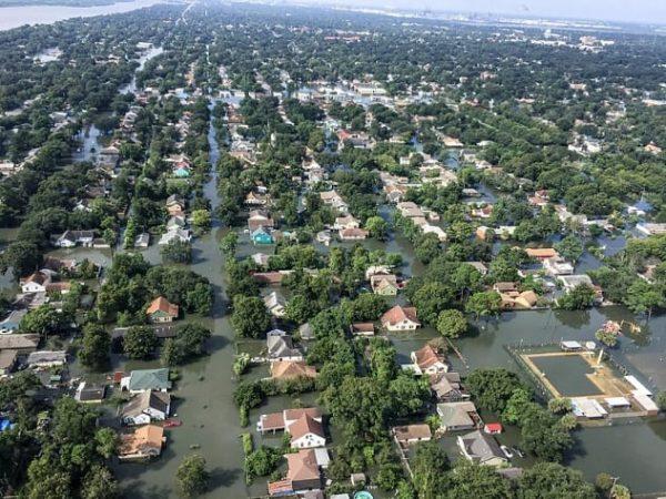 Потоп после урагана Харви