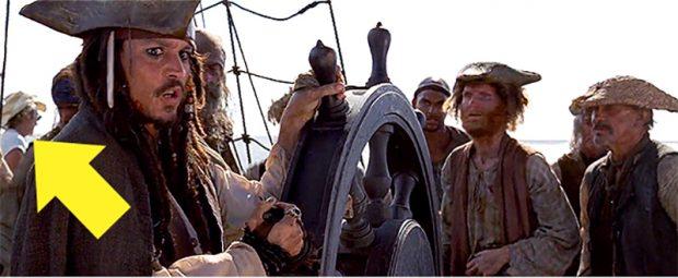 Кадр из фильма «Пираты Карибского моря: проклятие Чёрной жемчужины»