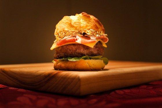 Гигантский бургер из Лас-Вегаса