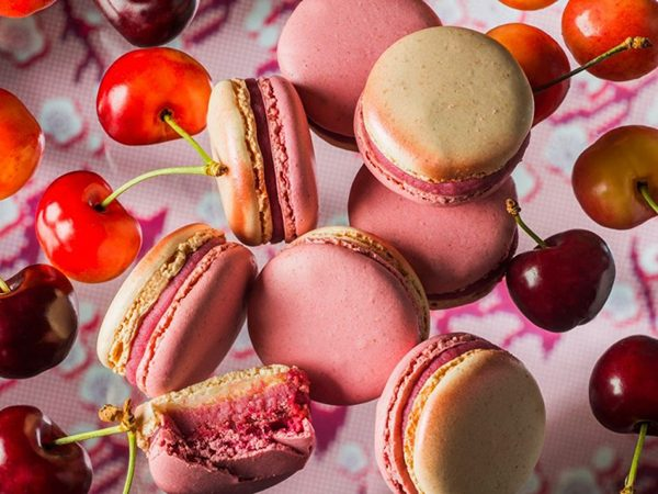 Macaroons Haute Couture Pierre Herme