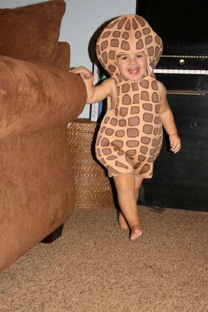 Ребёнок в костюме для Хэллоуина