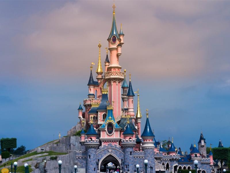 Замок в Диснейленде
