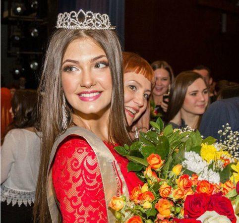 Алина Зарейник