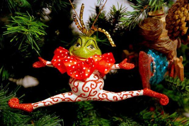 Смешные новогодние украшения