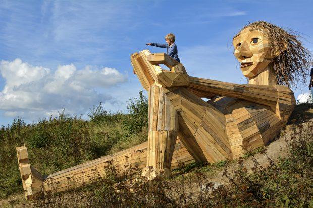 гигантские тролли из Дании