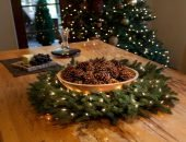 Новогодний декор из шишек — 20 интересных идей