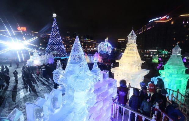 Ледяной городок на Поклонной горе
