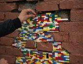 Художник ремонтирует дома конструктором «Лего» — подборка фото