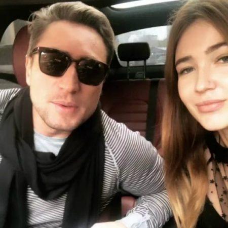 Денис Лебедев с девушкой