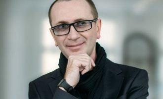 Дизайнер из Риги меняет людей до неузнаваемости — фото до и после