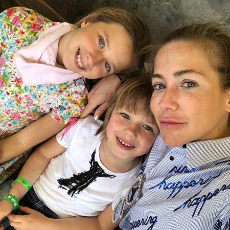 Барановская с детьми
