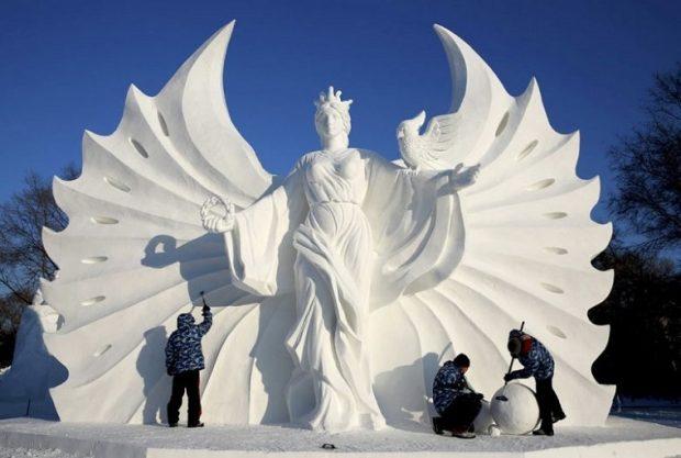 Снежная скульптура в Китае