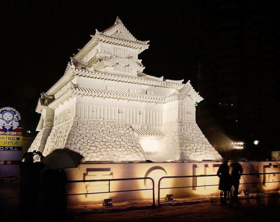Японский снежный замок