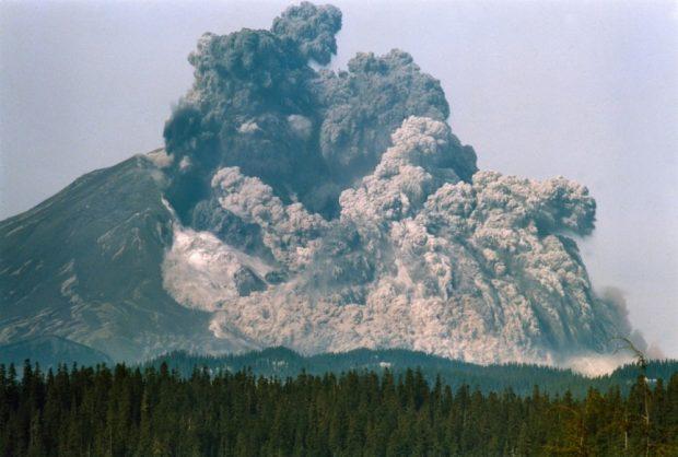 Извержение вулкана в Вашингтоне