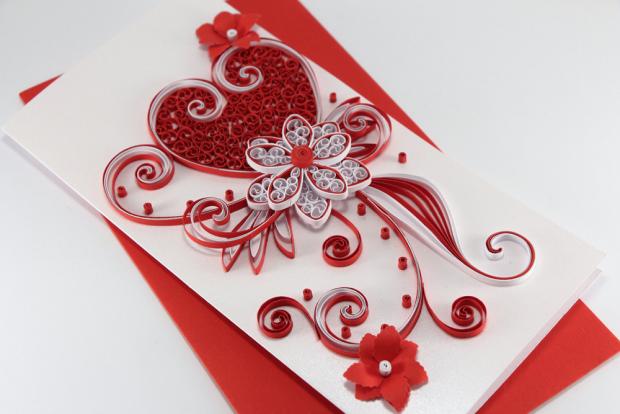 Цветы и сердце в технике квиллинг