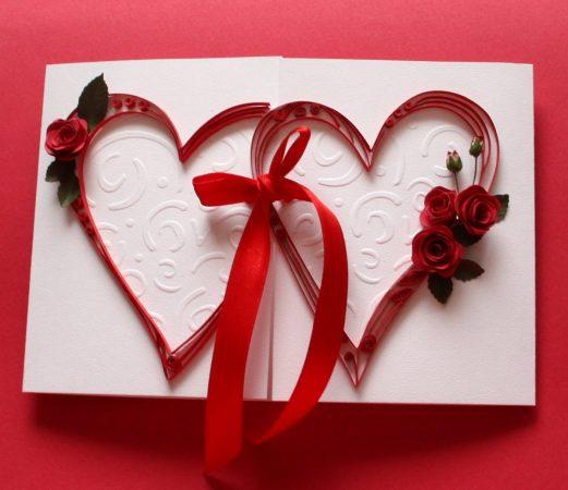 Два сердца на открытке