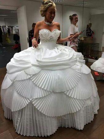 Слишком пышная юбка