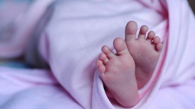 Москвичка продала новорожденную дочь за миллион