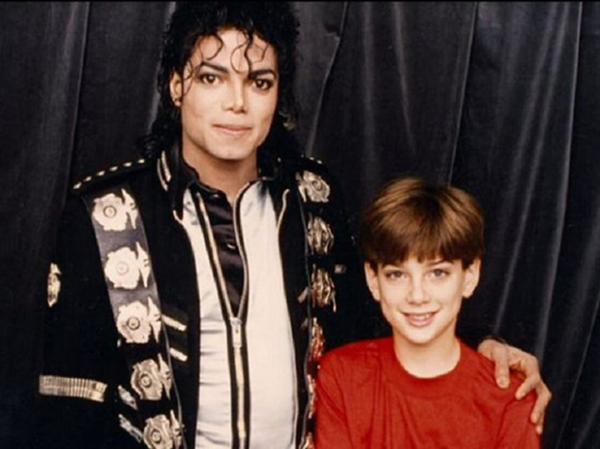 майкл джексон с ребёнком