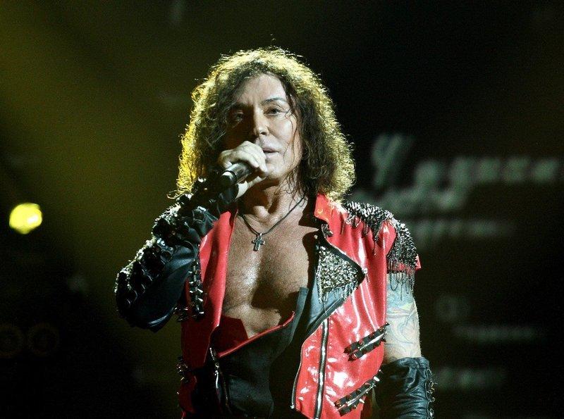 Leontyev cancela conciertos por enfermedad.