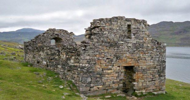 Развалины церкви Хвалси