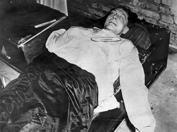 Мёртвый Герман Геринг