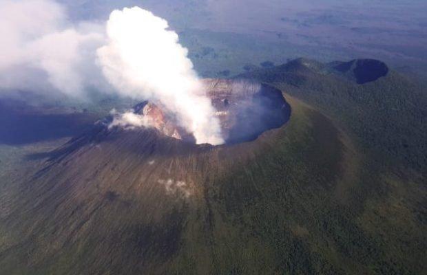 Вулкан Ньирагонг