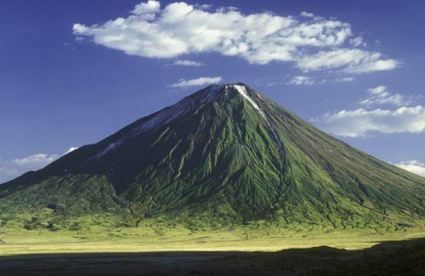 Вулкан Ол-Доиньо-Ленгаи