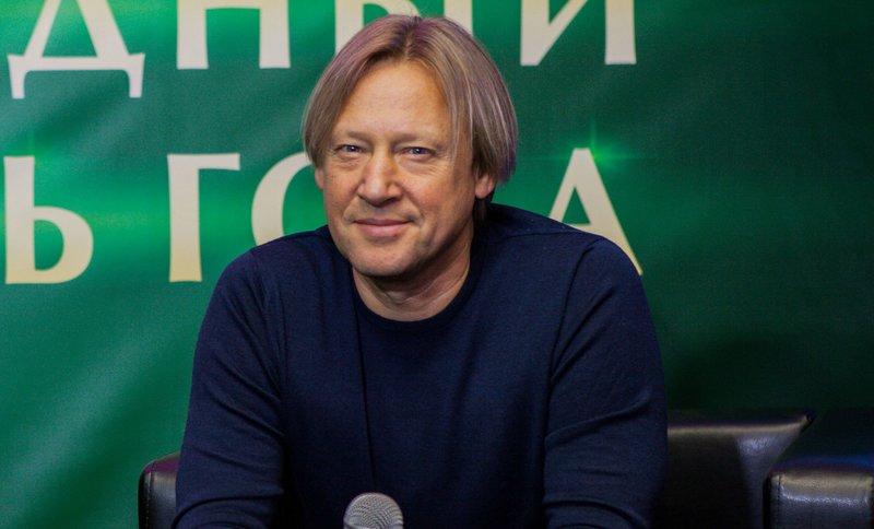 Дмитрия Харатьяна
