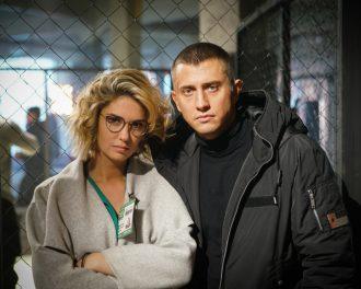 Агата Муцениеце с мужем