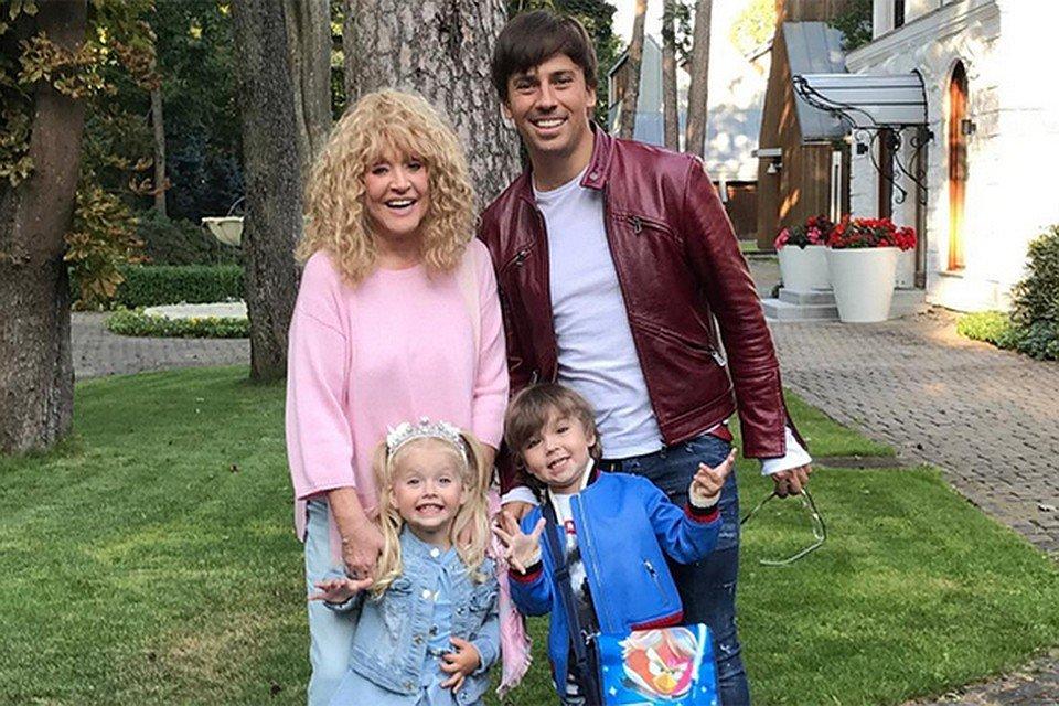 Звезды российского шоу бизнеса которые стали родителями с помощью суррогатной матери