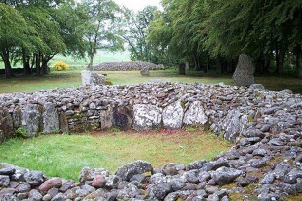 Каменные блоки в Шотландии