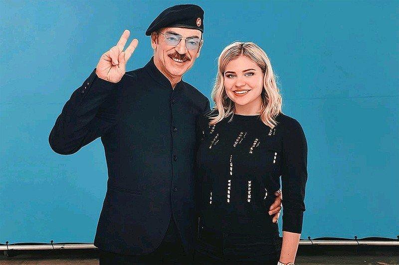 Внучка Михаила Боярского разделась для фотосессии