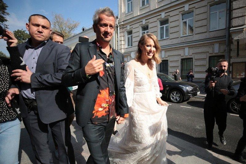 подарке Рудковской на свадьбу Собчак