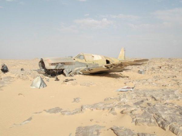 Самолёт в пустыне