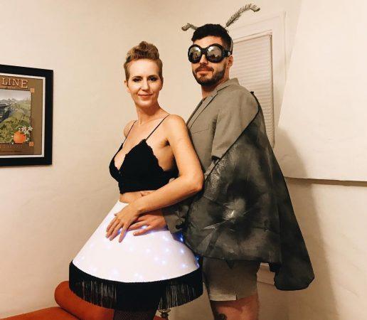 хэлоуиновский костюм мотылёк и лампа