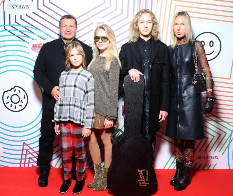 Десять самых многодетных семей русского шоу-бизнеса