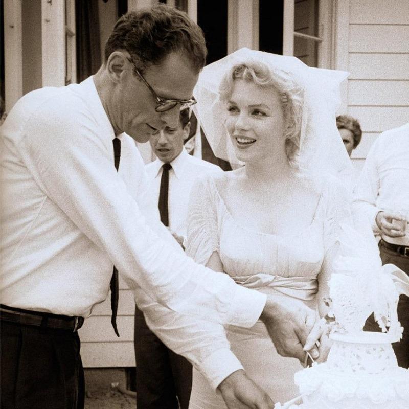 3 свадьбы Мэрилин Монро: как выглядела невеста и как прошло каждое торжество Знаменитости
