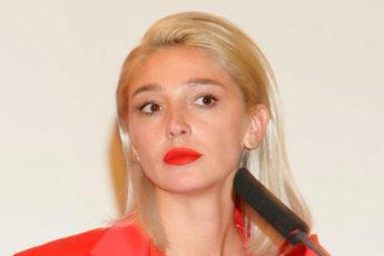 Настя Ивлеева блогер
