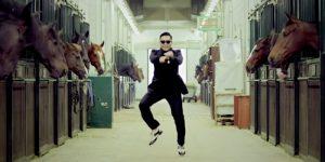 10 самых дурацких песен на свете